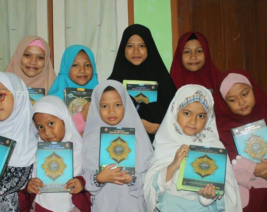 3 Makanan Pendamping Agar Anak Cerdas Menghafal Al Qur'an.